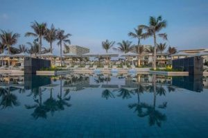chuoi-12-be-boi-voi-da-dang-thiet-ke-dac-biet-tai-alma-resort-nha-trang