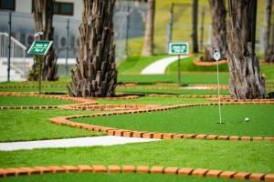 san-golf-mini-chuan-quoc-te-tai-alma-resort