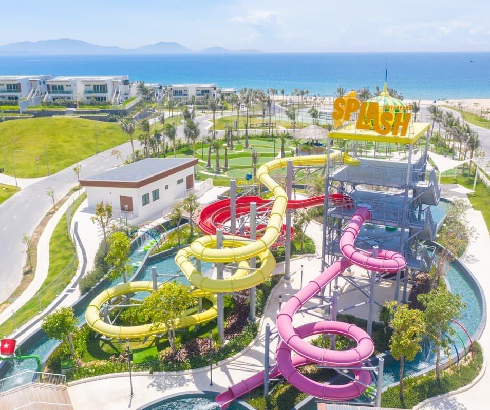 Cong-vien-nuoc-mini-mang-lai-nhieu-tieng-cuoi-cho-gia-dinh-ban-Alma-resort
